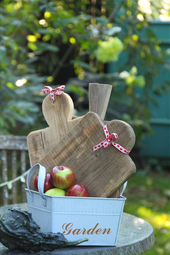 Altholzmanufaktur *Bretter-DIY* Holzbrettchen DIY (Bildquelle: Living and Green)