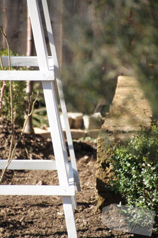 rosenkavalier ein obelisk aus holz selbst gebaut living green. Black Bedroom Furniture Sets. Home Design Ideas