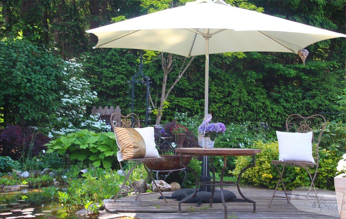 hyggelig sonnenschirmst nder living green. Black Bedroom Furniture Sets. Home Design Ideas